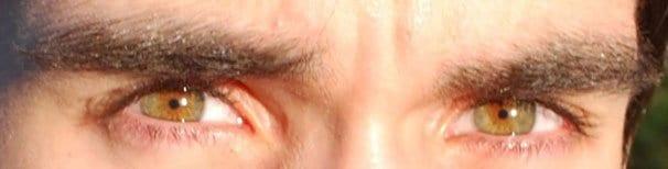 Pähkinänruskeat silmät