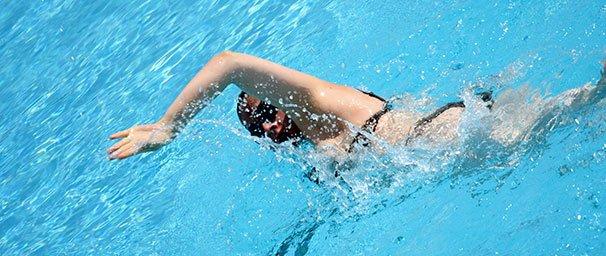 Piilolinssit uiminen