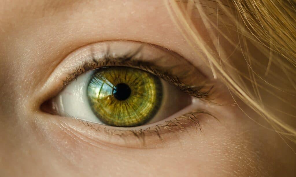 Vihreä silmä